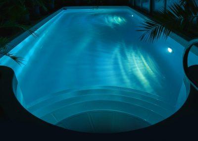 Poolmodell Sun mit Unterwasserscheinwerfer